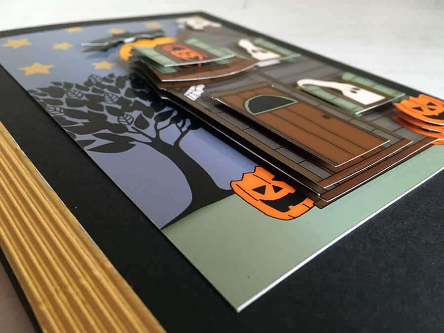 Halloween 3D decoupage with sticky foam pads for a 3D Halloween handmade card