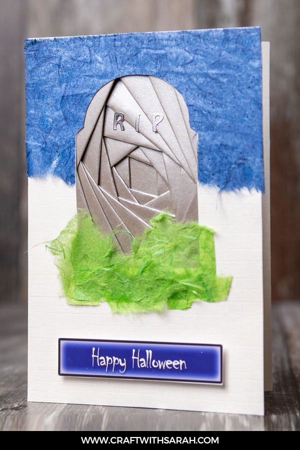 Craft a spooky greetings card for Halloween with this gravestone iris folding template. Iris folding grave template for iris folded cards.