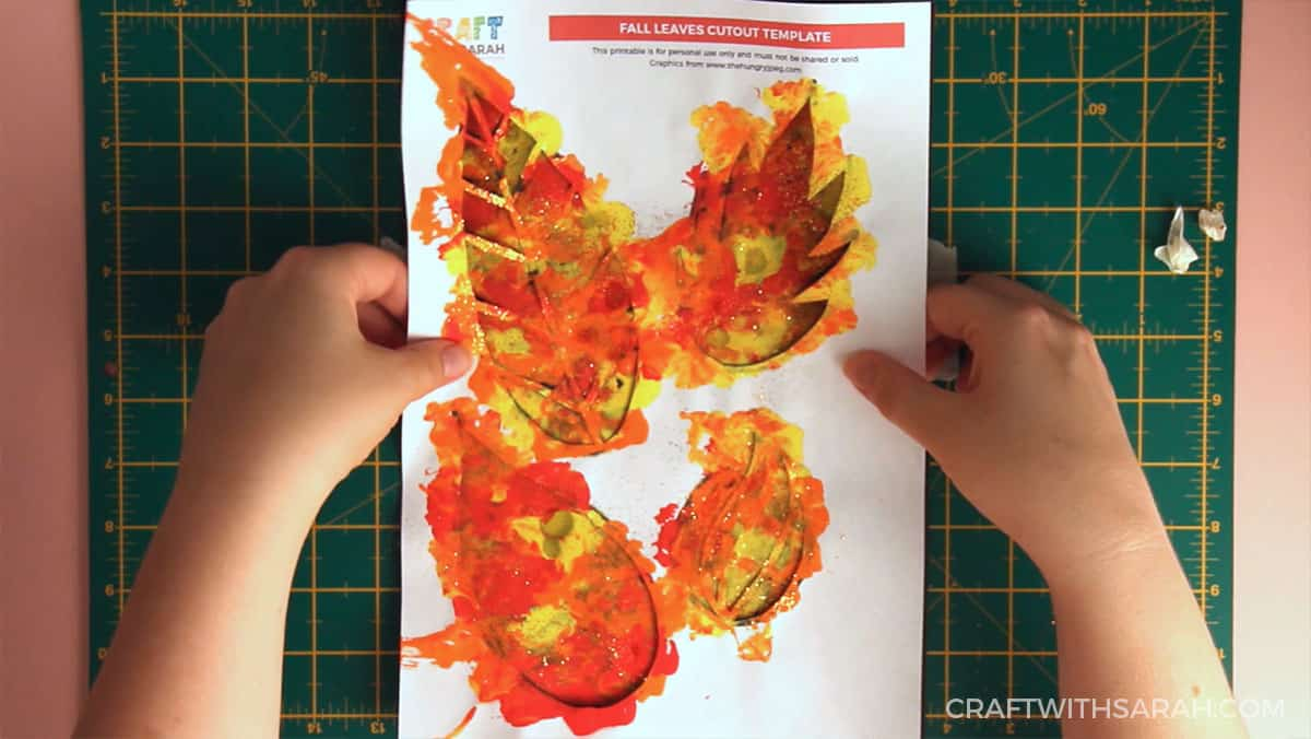 Fall craft for kids | Fall leaves painting step 10