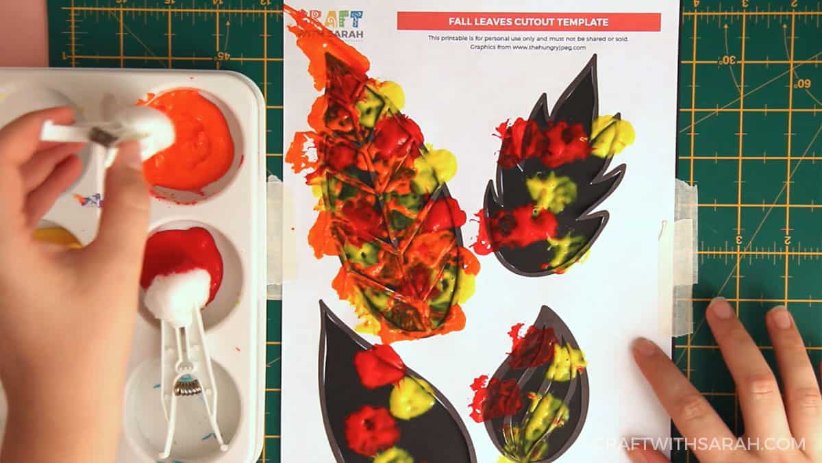 Fall craft for kids | Fall leaves painting step 7