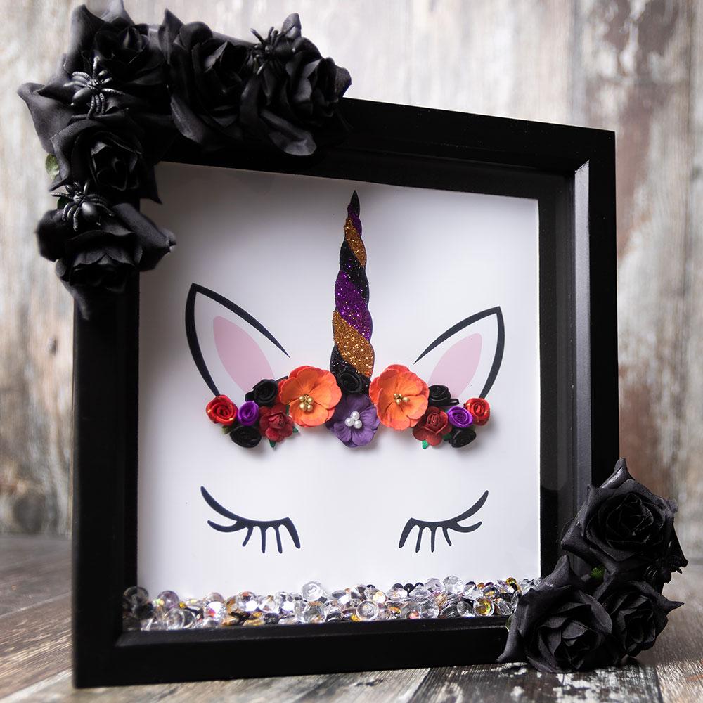 Halloween unicorn craft frame to DIY for Halloween