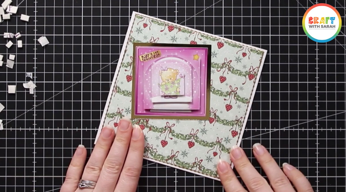 Pyramid card topper with all layers added