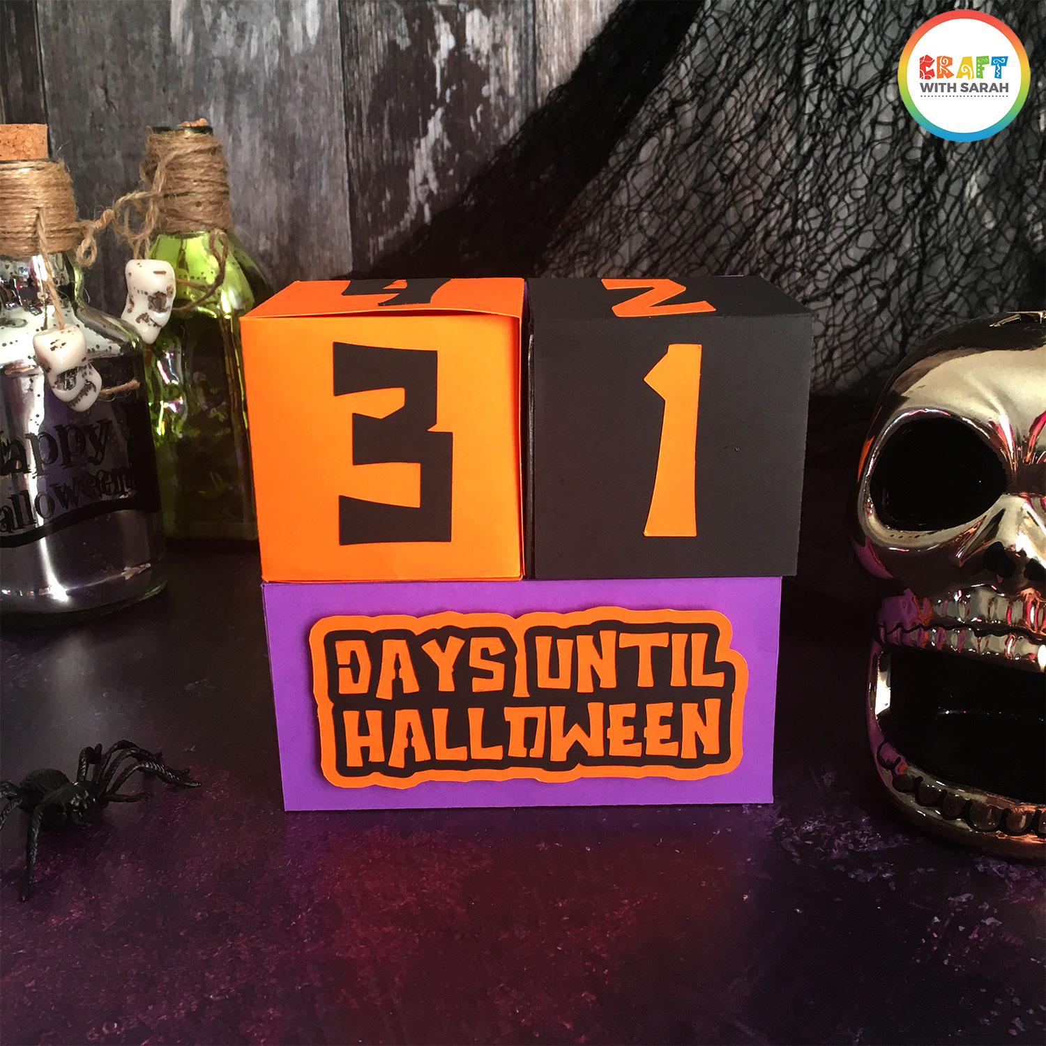DIY Cricut Halloween countdown cubes to make