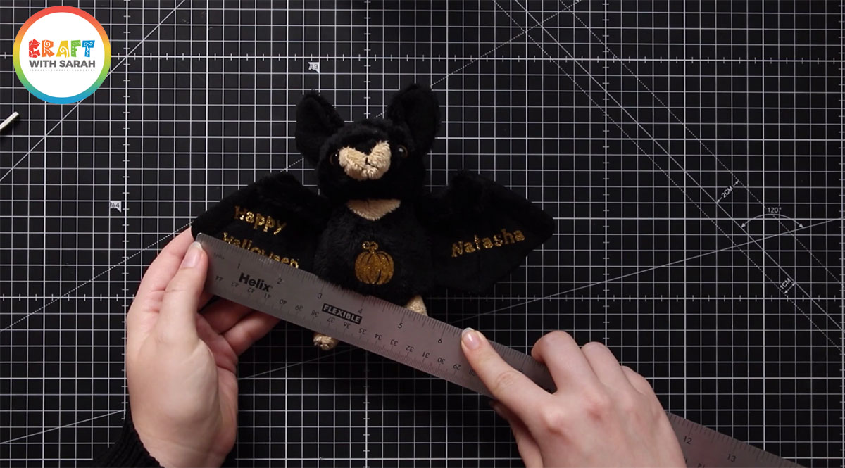 Measure the soft toy