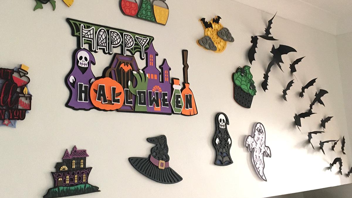 Halloween bat wall from card