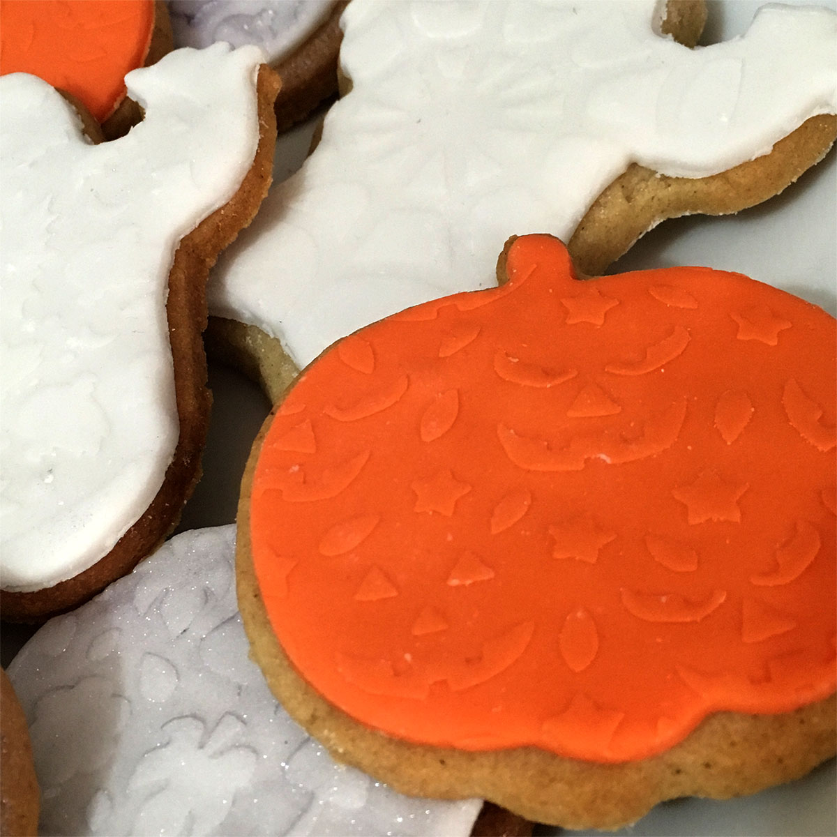 Cookies stenciled for Halloween
