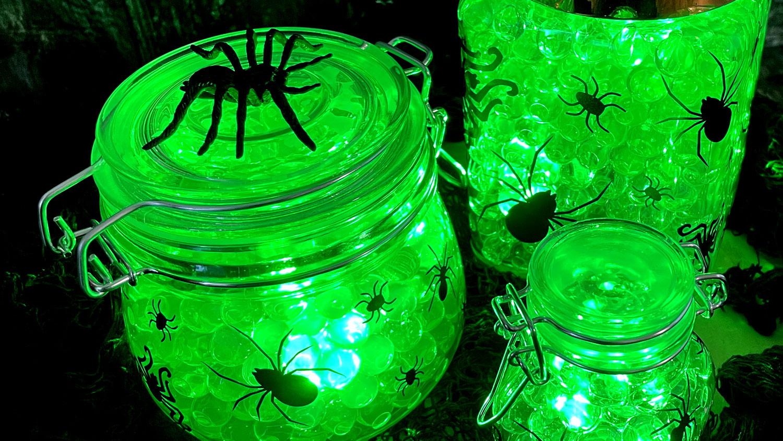 DIY Spider Egg Halloween Centrepiece that LIGHTS UP!
